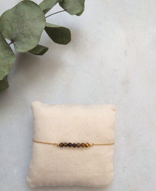 bracelet doré à l'or fin et perles en pierre oeil de tigre
